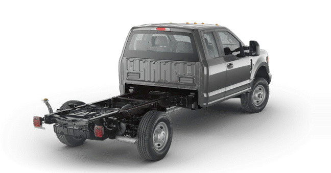 2017-ford-chassis-cab-2